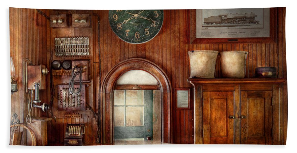 Train Hand Towel featuring the photograph Train - Office - The Ticket Takers Window by Mike Savad