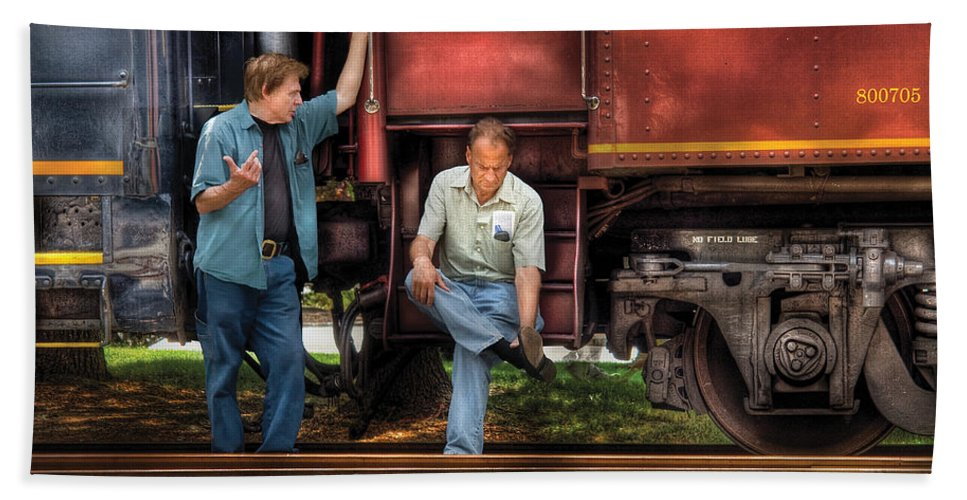 Savad Hand Towel featuring the photograph Train - Yard - Shoot'in The Breeze by Mike Savad