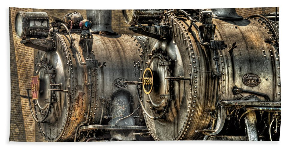 Train Bath Sheet featuring the photograph Train - Engine - Brothers Forever by Mike Savad