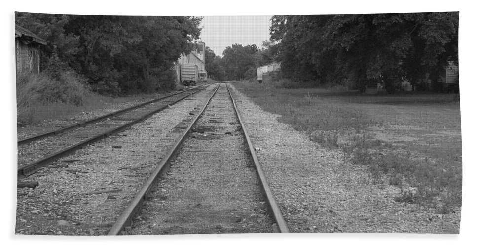 Train Bath Towel featuring the photograph Train To Nowhere by Rhonda Barrett