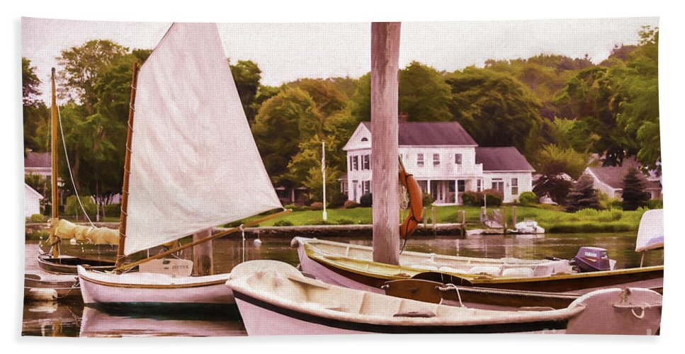 Altered Hand Towel featuring the photograph Tranquil Morning by Joe Geraci