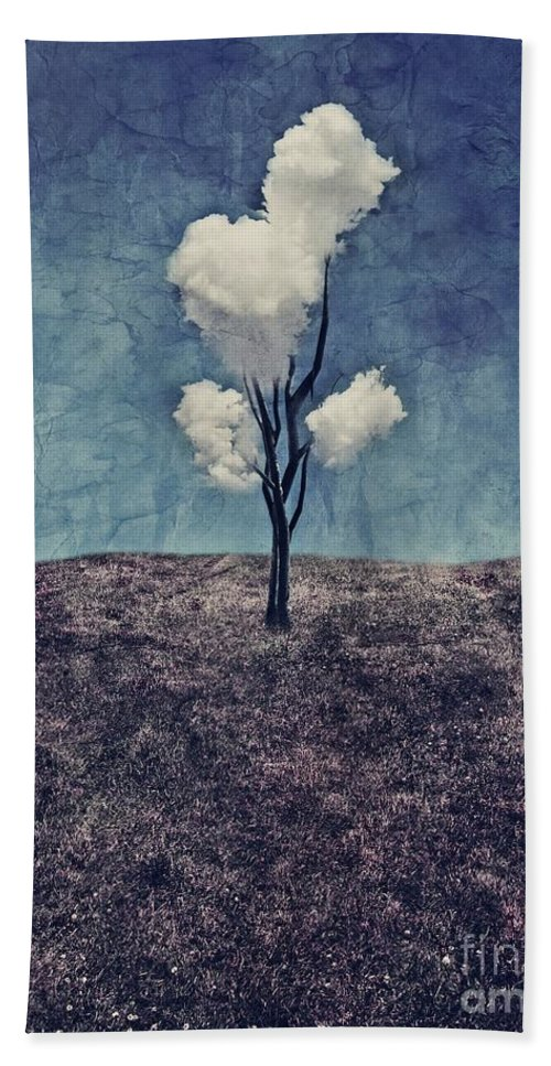 Tree Bath Towel featuring the digital art Tree Clouds 01d2 by Aimelle