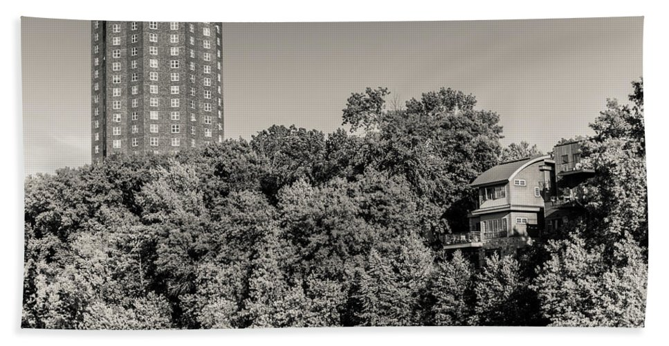 Bw Bath Sheet featuring the photograph Treehouse by Vincent Buckley