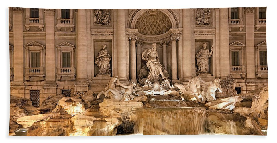 Italy Hand Towel featuring the photograph Trevi Fountain by Janet Fikar