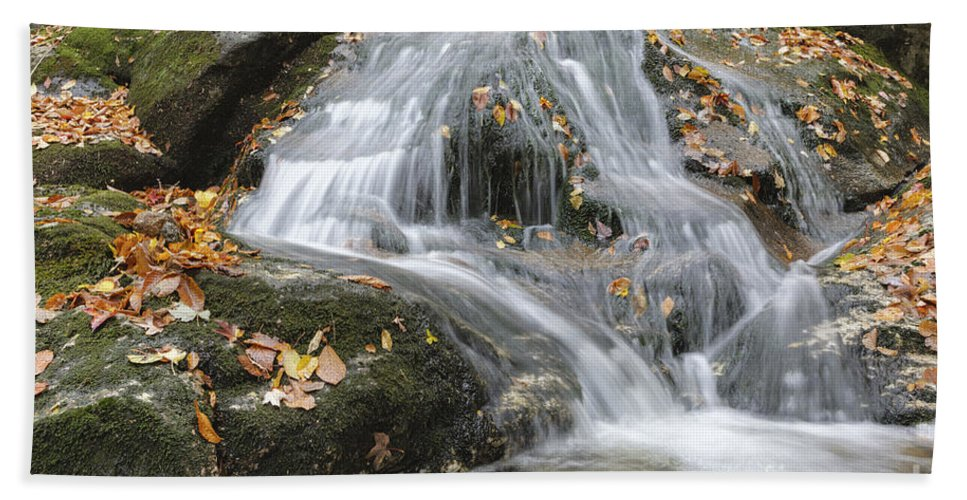 White Mountain National Forest Bath Towel featuring the photograph Tributary Of Lost River - Woodstock New Hampshire by Erin Paul Donovan