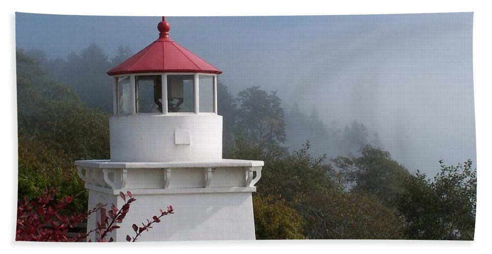 Lighthouse Hand Towel featuring the photograph Trinidad Head Lighthouse by Gale Cochran-Smith