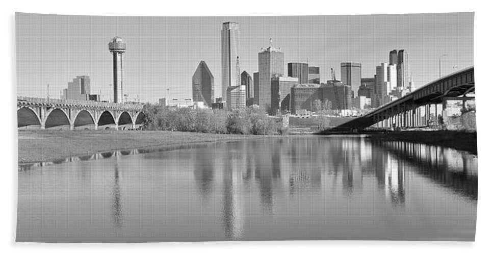 Dallas Hand Towel featuring the photograph Trinity River Panorama by Frozen in Time Fine Art Photography