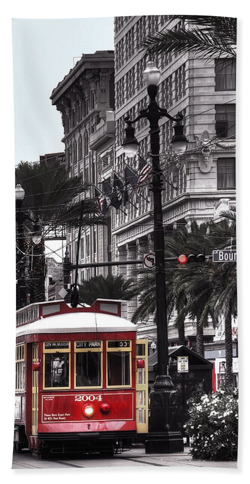 Nola Bath Sheet featuring the photograph Trolley On Bourbon And Canal by Tammy Wetzel
