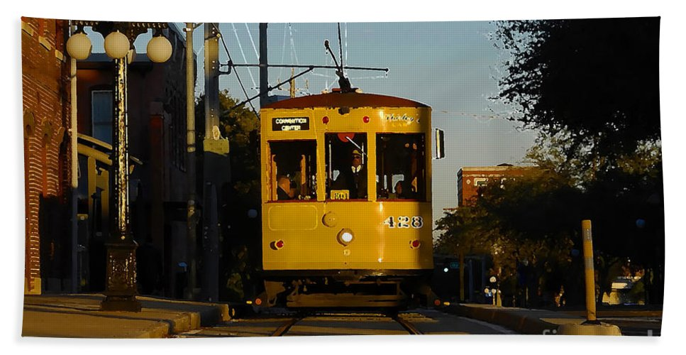 Trolley Bath Sheet featuring the photograph Trolley Ride by David Lee Thompson