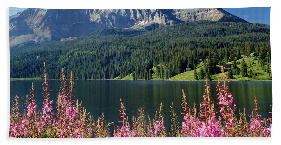Trout Lake Hand Towel featuring the photograph 310658-trout Lake And Sheep Mountain by Ed Cooper Photography