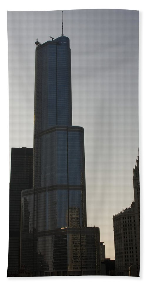 Chicago Windy City Tall Building Tower Donald Trump Hotel Skyscraper Metro Urban Bath Towel featuring the photograph Trump International Hotel And Tower by Andrei Shliakhau