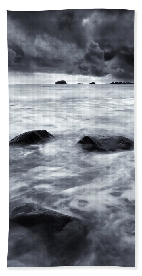 Sitka Hand Towel featuring the photograph Turbulent Seas by Mike Dawson
