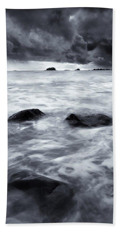 Sitka Bath Sheet featuring the photograph Turbulent Seas by Mike Dawson