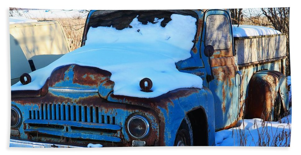 Vehicle Hand Towel featuring the photograph Turning Brown 2 by Kathleen Voort
