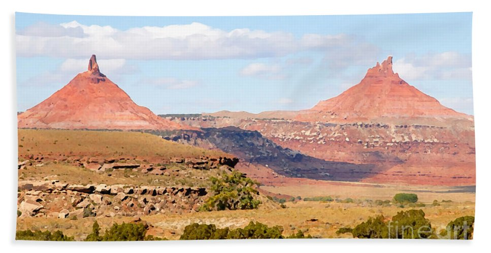 Twin Buttes Bath Sheet featuring the photograph Twin Buttes by David Lee Thompson