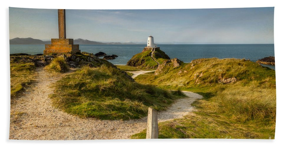 Lighthouse Bath Towel featuring the photograph Twr Mawr Lighthouse by Adrian Evans