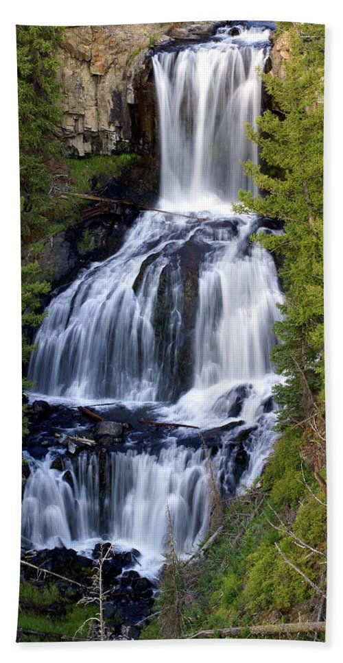 Udine Falls Hand Towel featuring the photograph Udine Falls by Marty Koch