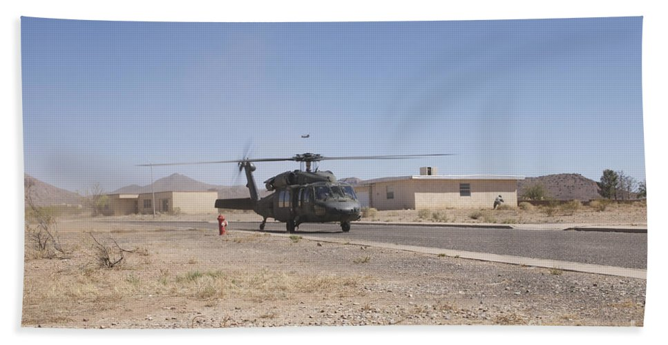 Exercise Angel Thunder Bath Sheet featuring the photograph Uh-60 Black Hawk Helicopter Lands by Terry Moore