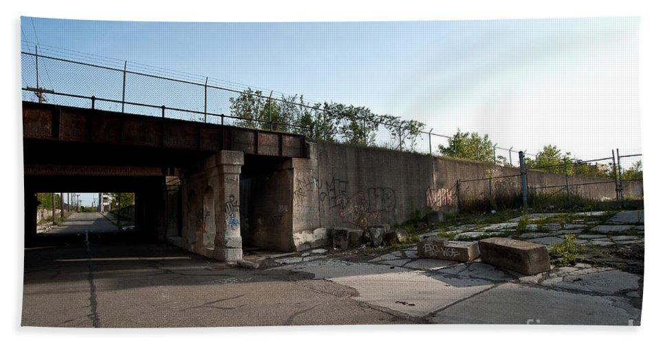 Detroit Bath Sheet featuring the photograph Under The Tracks by Steven Dunn