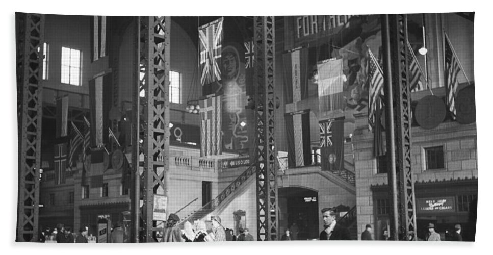 1940s Hand Towel featuring the photograph Union Station Train Concourse by Jack Delano