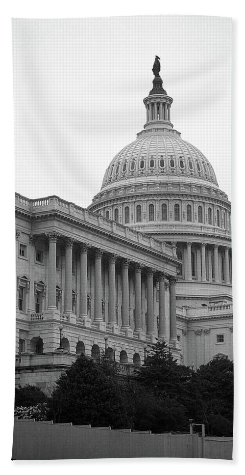 America Bath Sheet featuring the photograph United States Capitol Building 4 Bw by Frank Romeo