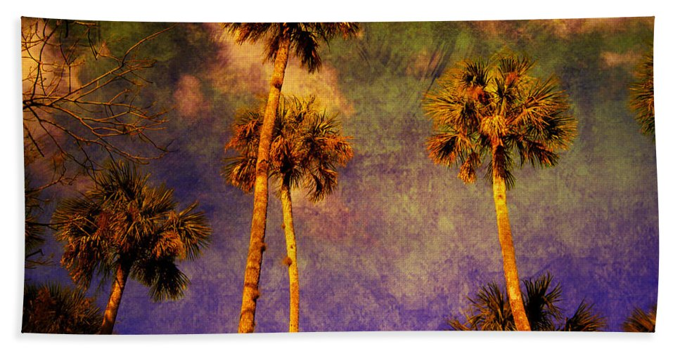 Palm Tree Bath Sheet featuring the photograph Up Up To The Sky by Susanne Van Hulst