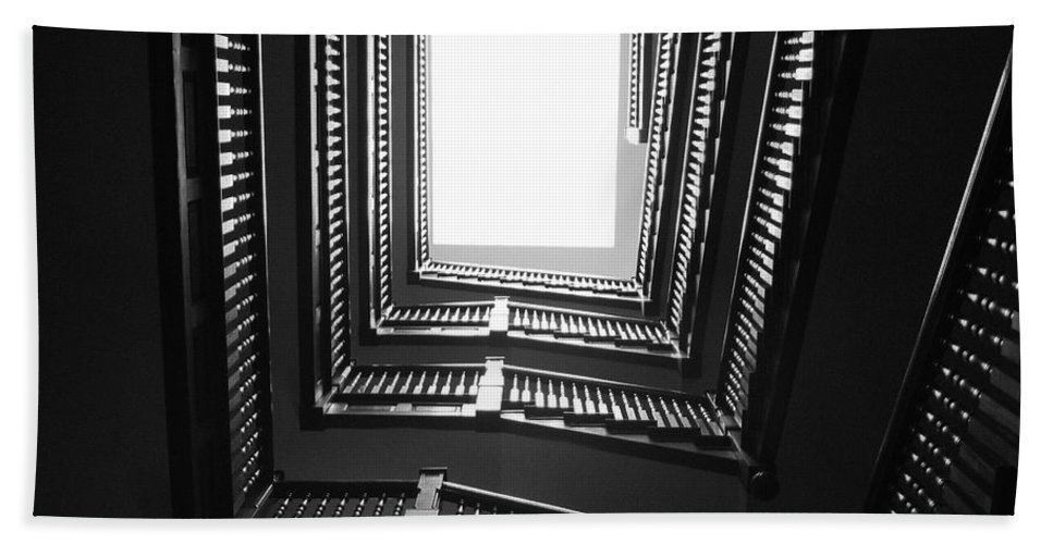 Stairs Bath Towel featuring the photograph Upstairs- Black And White Photography By Linda Woods by Linda Woods