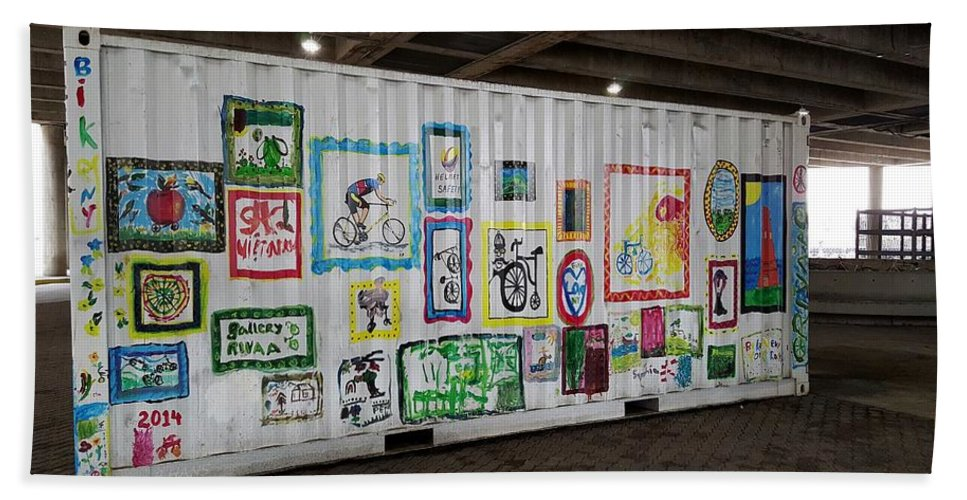 Bike Hand Towel featuring the photograph Urban Container Art I V by Rob Hans