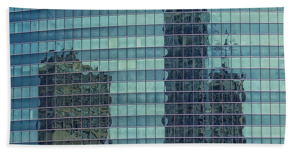 Chicago Bath Sheet featuring the photograph Urban Melting Pot by Donna Blackhall