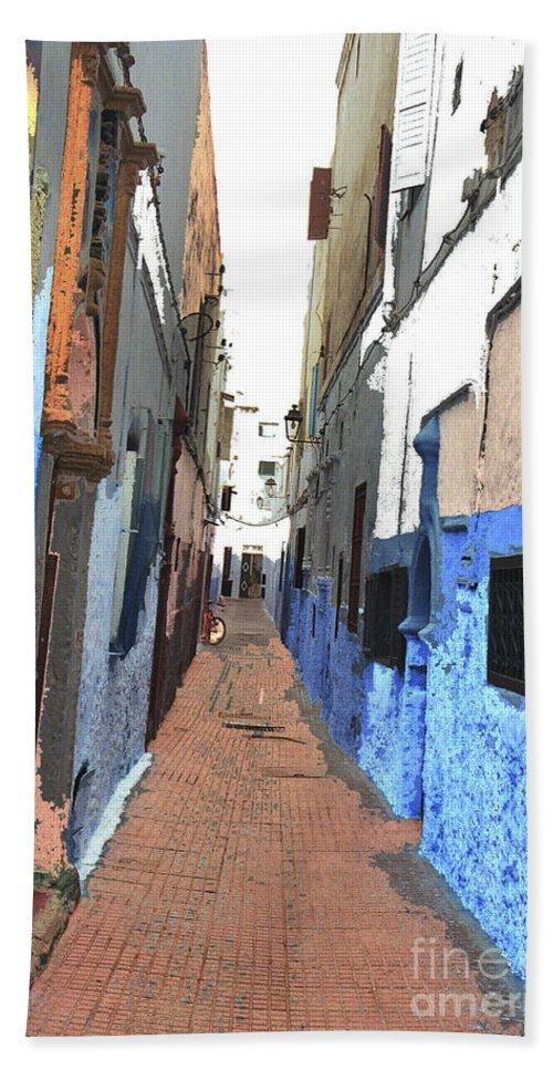 Urban Bath Sheet featuring the photograph Urban Scene by Hana Shalom