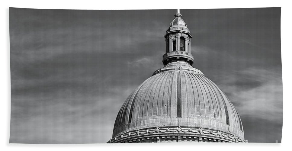 Academy Hand Towel featuring the photograph U.s. Naval Academy Chapel Dome Bw by Jerry Fornarotto