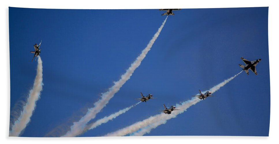 California Hand Towel featuring the photograph Usaf Thunderbirds Media Day 2 by Tommy Anderson