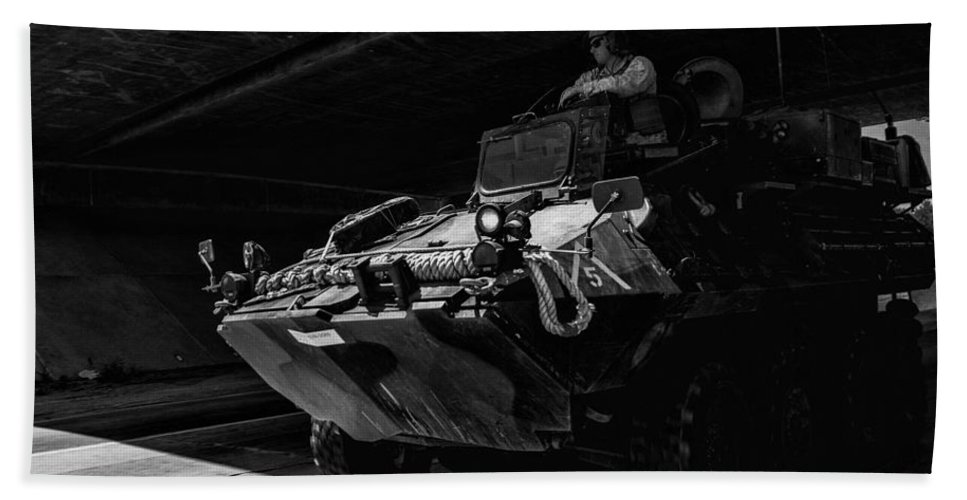 2014 Bath Sheet featuring the photograph Usmc Lav-25 by Tommy Anderson