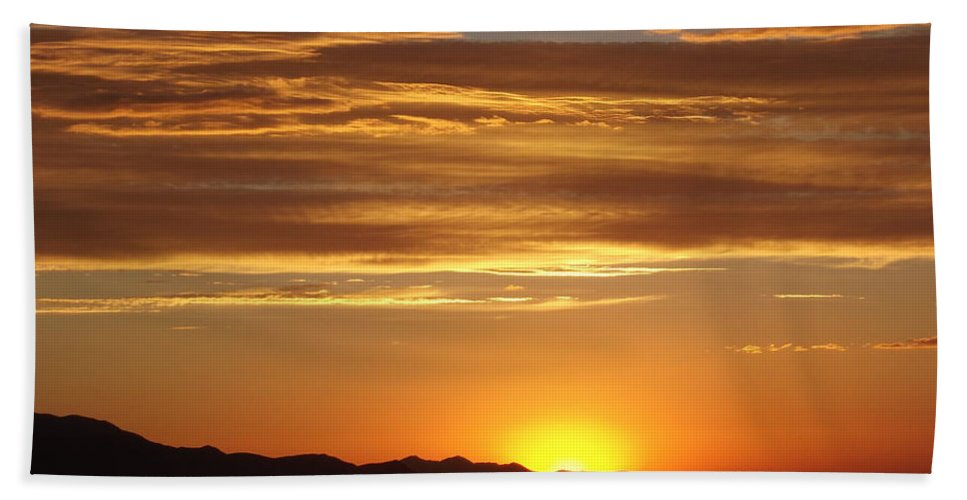 Skyscape Hand Towel featuring the photograph Usualutah by Michael Cuozzo