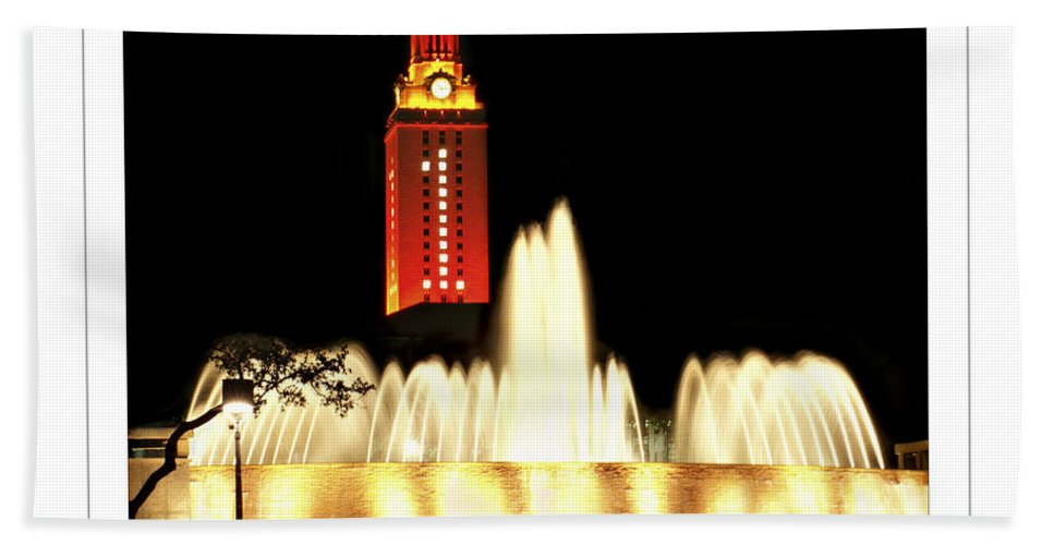 University Texas Austin Bath Sheet featuring the photograph Ut Tower Poster by Marilyn Hunt
