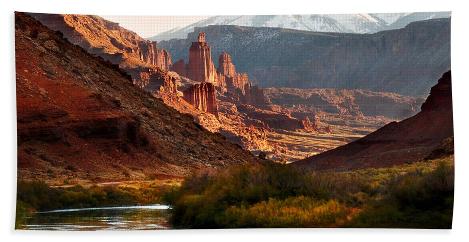 Geology Hand Towel featuring the photograph Utah Colorado River Spires by Marilyn Hunt