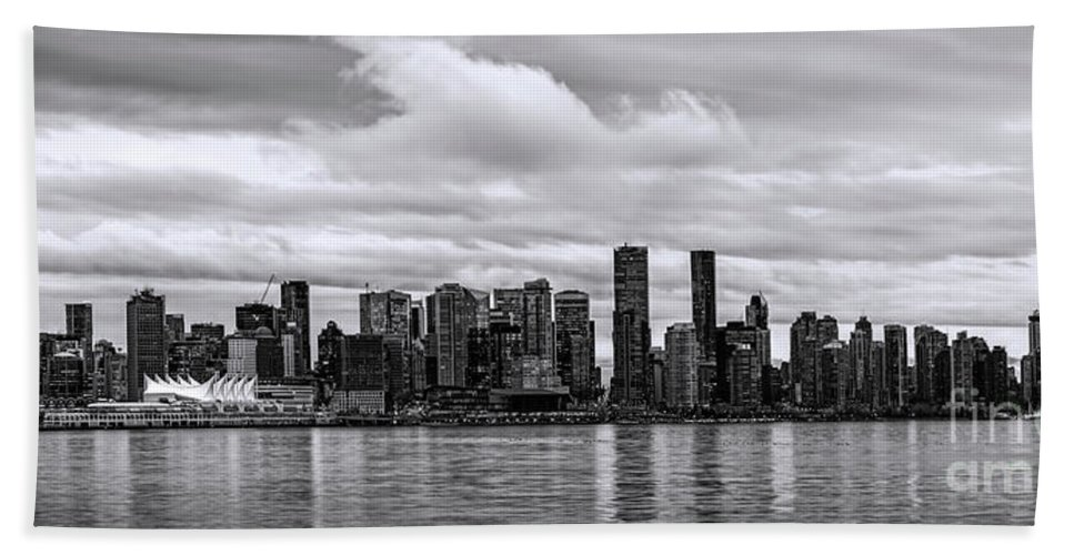 Vancouver Bath Towel featuring the photograph Vancouver In Black And White. by Viktor Birkus