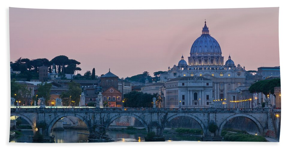 Vatican Hand Towel featuring the photograph Vatican City At Sunset by Pablo Lopez