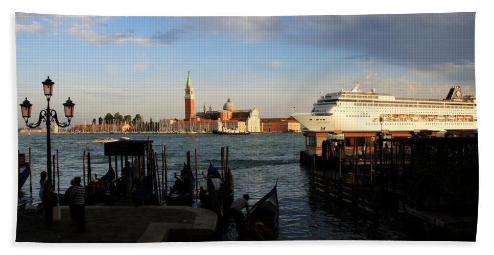 Venice Hand Towel featuring the photograph Venice Cruise Ship by Andrew Fare