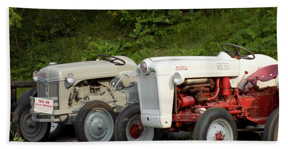 Vintage Tractors Bath Sheet featuring the photograph Very Old Ford Tractors by William Tasker