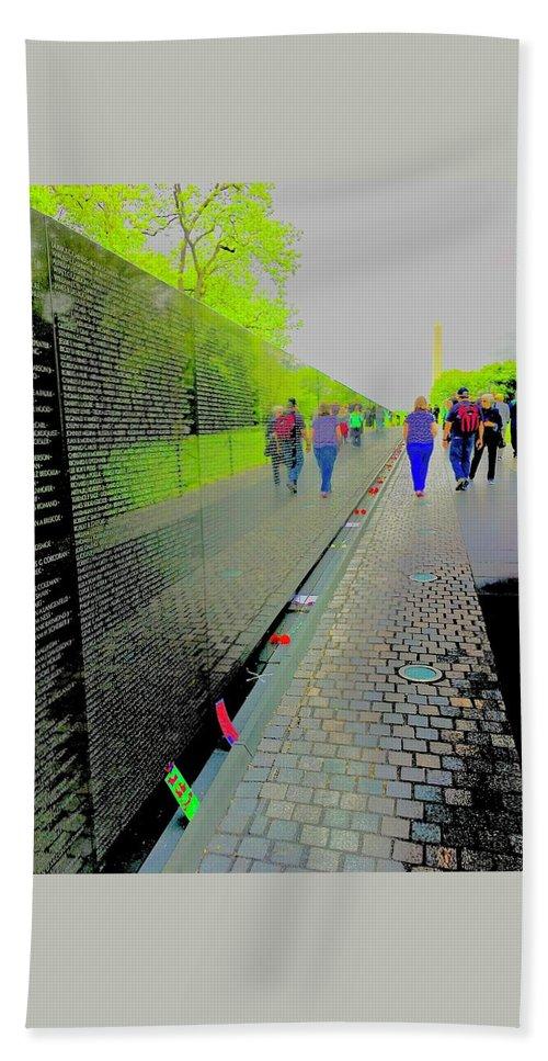 Viet Nam Memorial Bath Sheet featuring the photograph Viet Nam Memorial by Scott L Holtslander