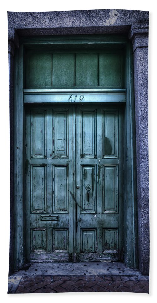 Nola Bath Sheet featuring the photograph Vieux Carre' Doorway At Night by Tammy Wetzel