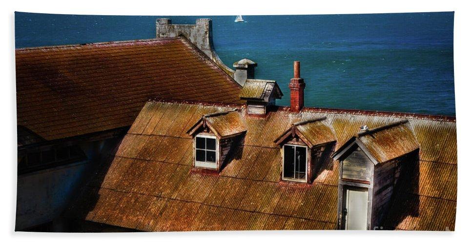 Sfo Bath Sheet featuring the photograph View From Alcatraz by Doug Sturgess