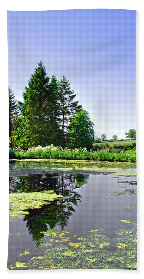 Green Hand Towel featuring the photograph Village Pond At Tissington by Rod Johnson