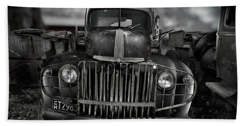 Classic Bath Sheet featuring the photograph Vintage Ford Truck by Yo Pedro