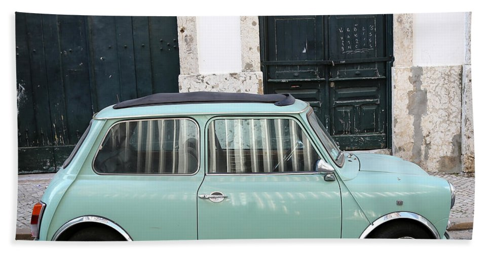 Mini Hand Towel featuring the photograph Vintage Mini Minor by Andrew Fare