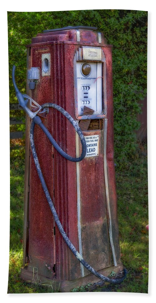 Tokheim Bath Sheet featuring the photograph Vintage Tokheim Gas Pump by Susan Candelario