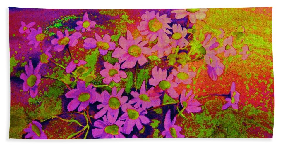 Violets Bath Towel featuring the painting Violets Among The Heather by Carole Spandau