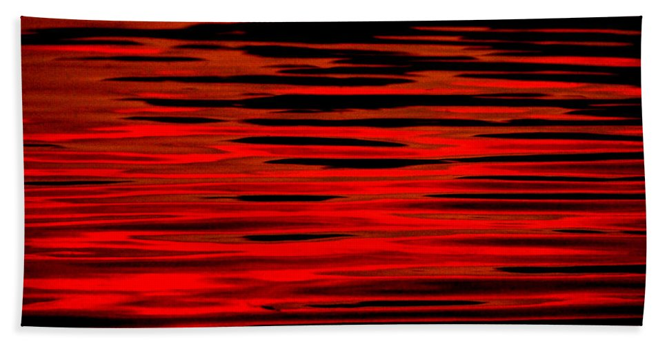 Water Hand Towel featuring the photograph Volcanic Water by Donna Blackhall