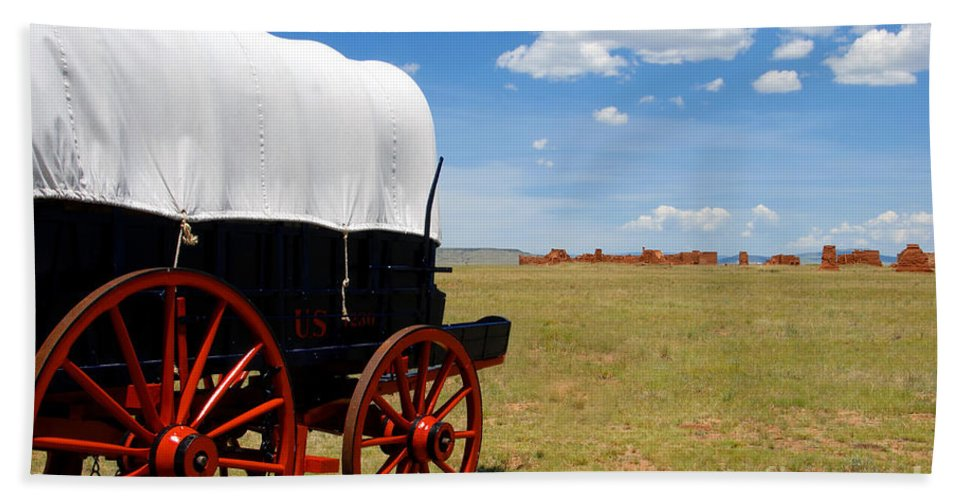 Fort Union New Mexico Bath Towel featuring the photograph Wagon At Old Fort Union by David Lee Thompson